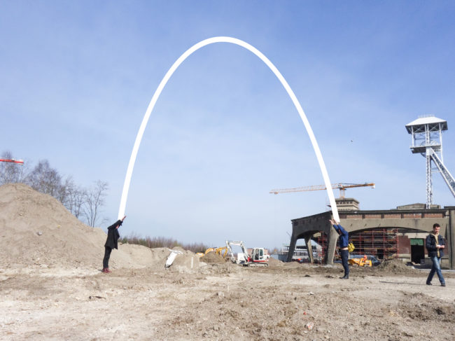 Pointing out The Arch (Foto: ConstructLab)