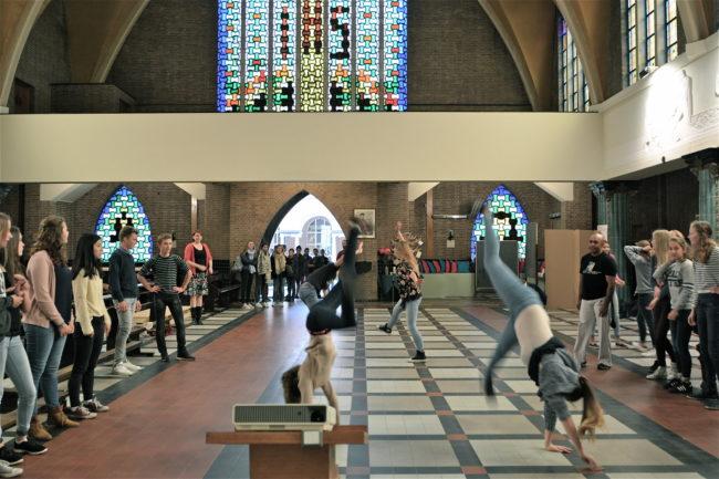 Capoeira-sessie in de Eeuwfeestkapel van het Klein Seminarie (© re-st)