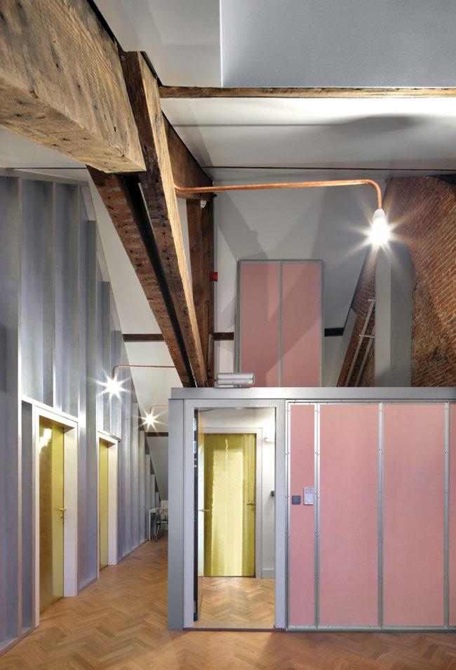 Maarschalk Gerardstraat 5, Eagles of Architecture (Foto: Filip Dujardin)