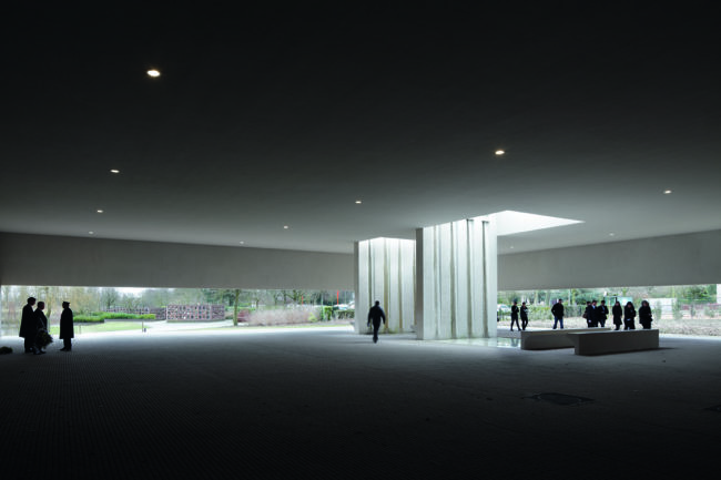 Crematorium Heimolen, KAAN Architecten (Foto: Stijn Bollaert)